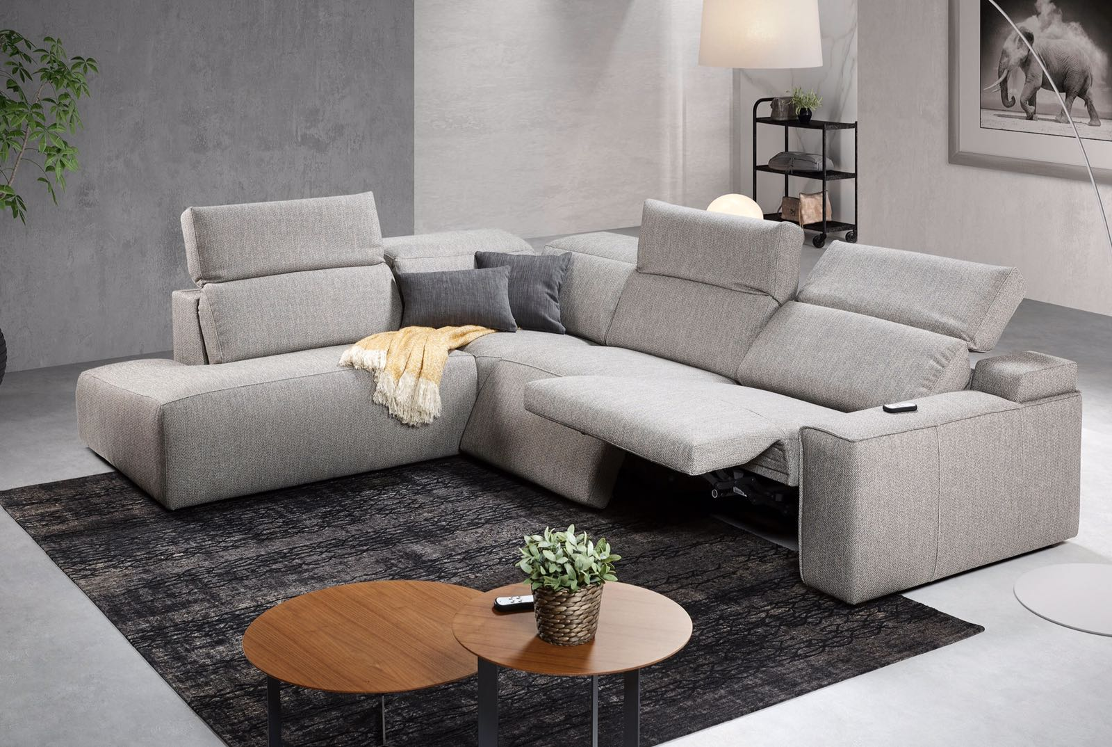 Sofa espacio motor